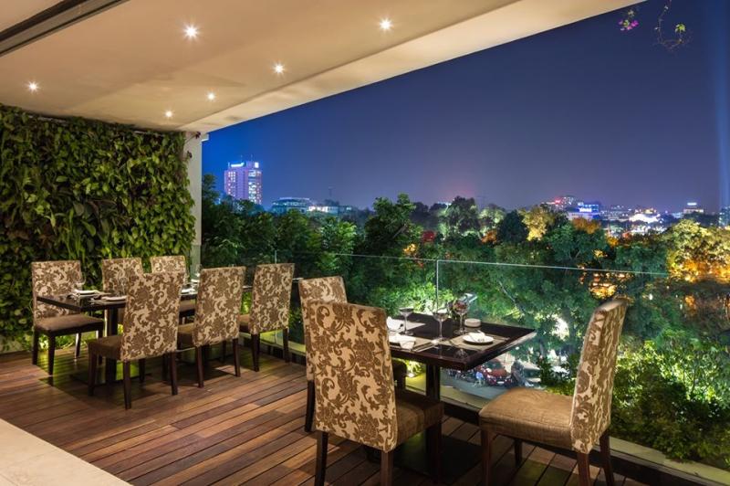 Avalon Café Lounge