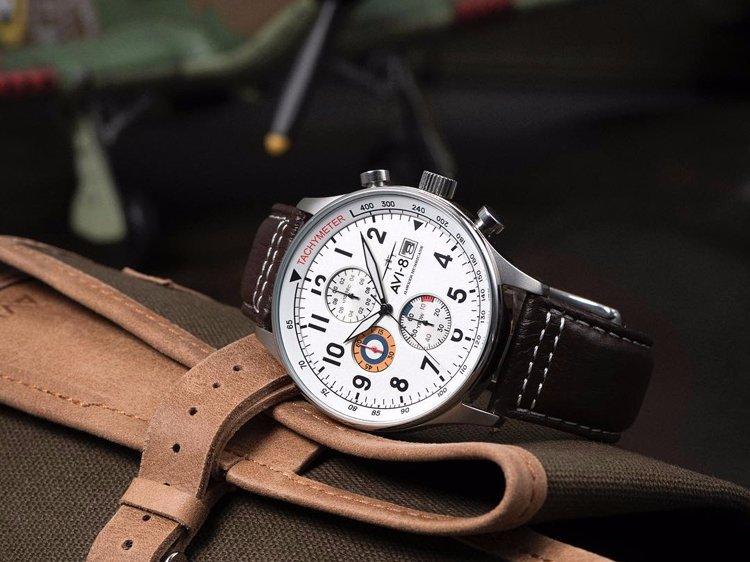 Đồng hồ AVI-8