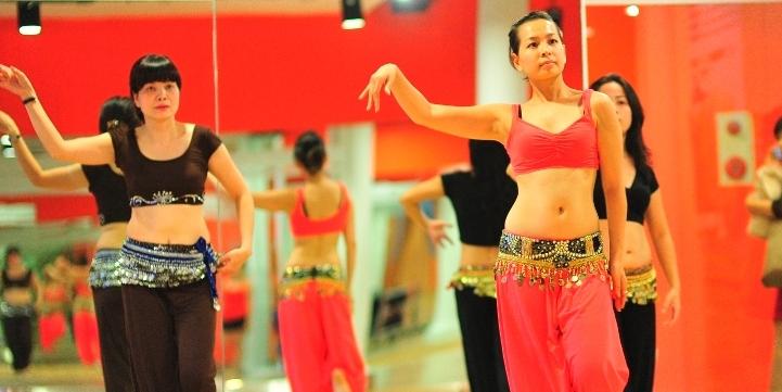 Tập múa bụng tại Nshape Fitness Hà Nội
