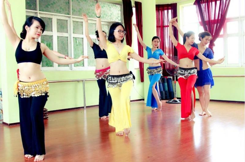 """Các khóa học Belly dance tại Ayla Studio giúp bạn tự tin với vóc dáng """"chuẩn không cần chỉnh"""""""