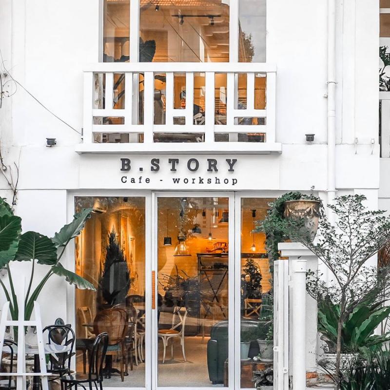 B. Story Cafe