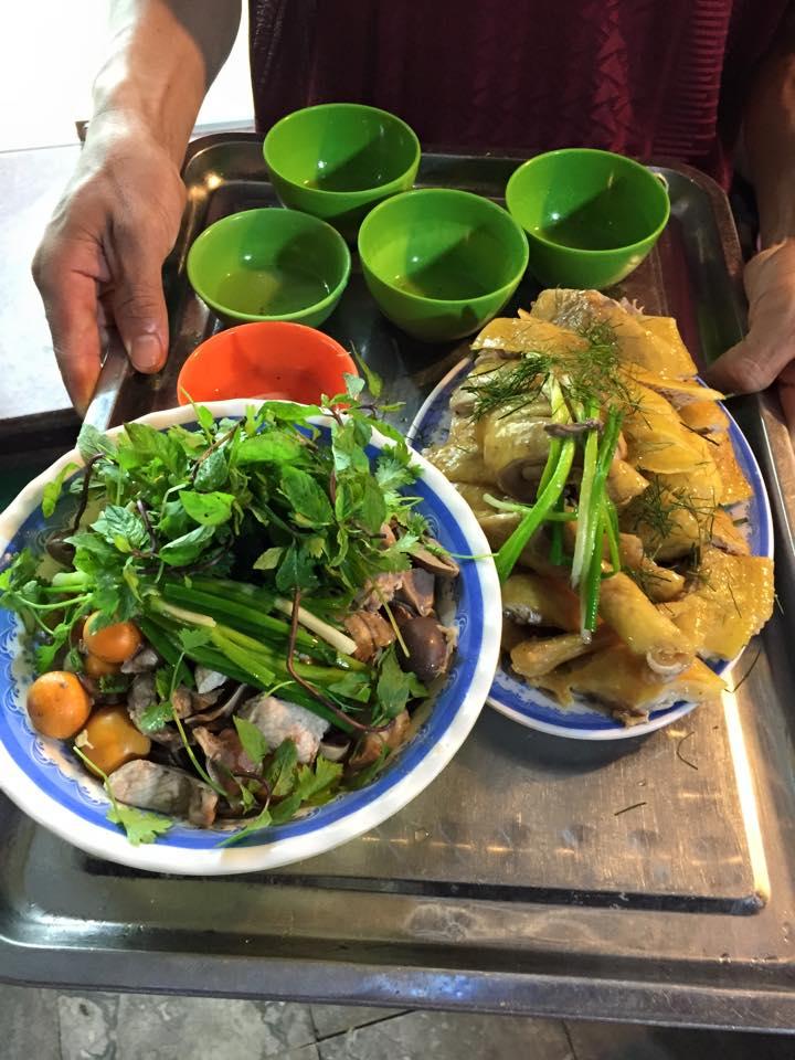 Bà Đức - Bánh Cuốn Nóng & Bún Thang