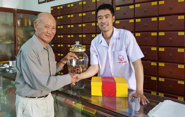 Bác sĩ đông y Nguyễn Hữu Trường