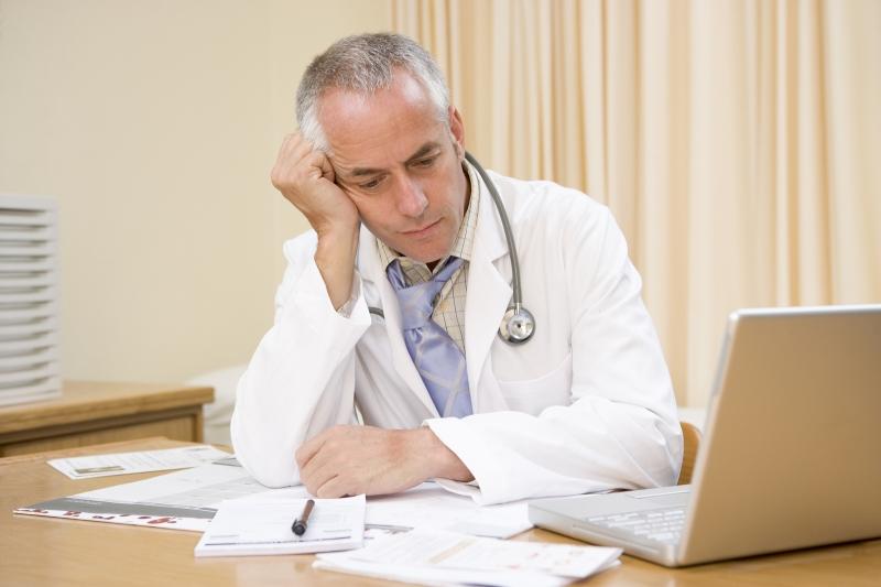 Bác sĩ y tế là nghề có tỷ lệ tự sát cao nhất