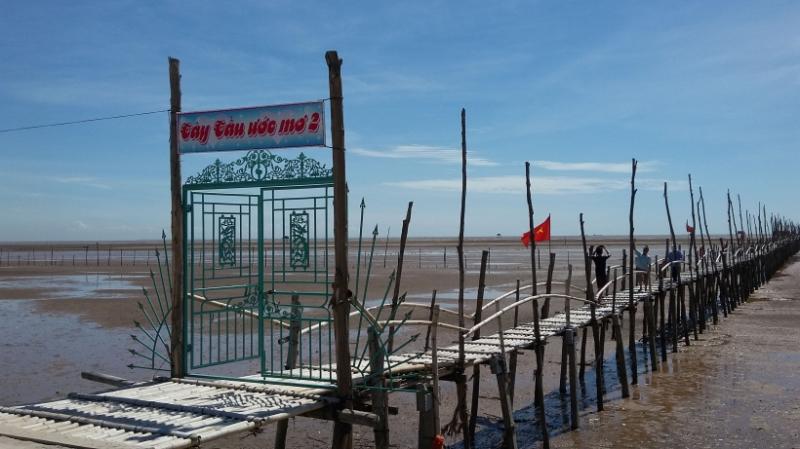 Bãi biển Cồn Đen