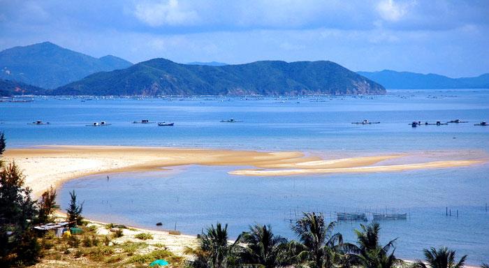 Bãi biển Đồ Sơn (Hải Phòng)