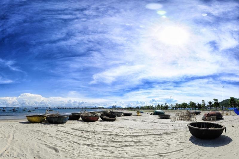 Một góc bãi biển xinh đẹp Mỹ Khê, Đà Nẵng