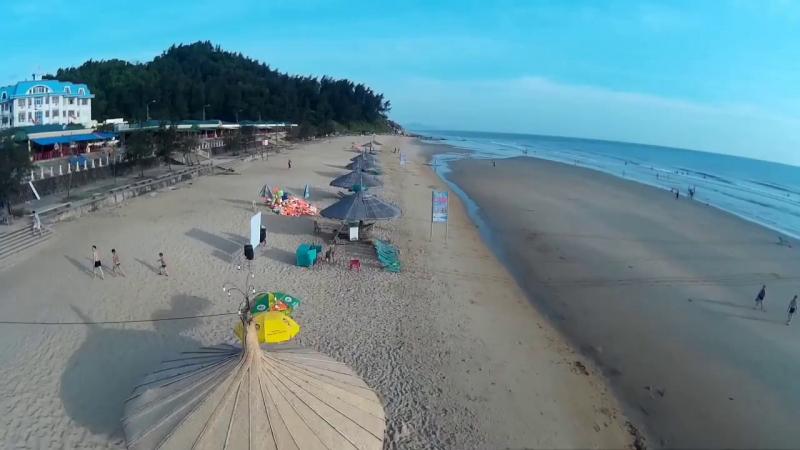 Bãi biển Thiên Cầm (Hà Tĩnh)