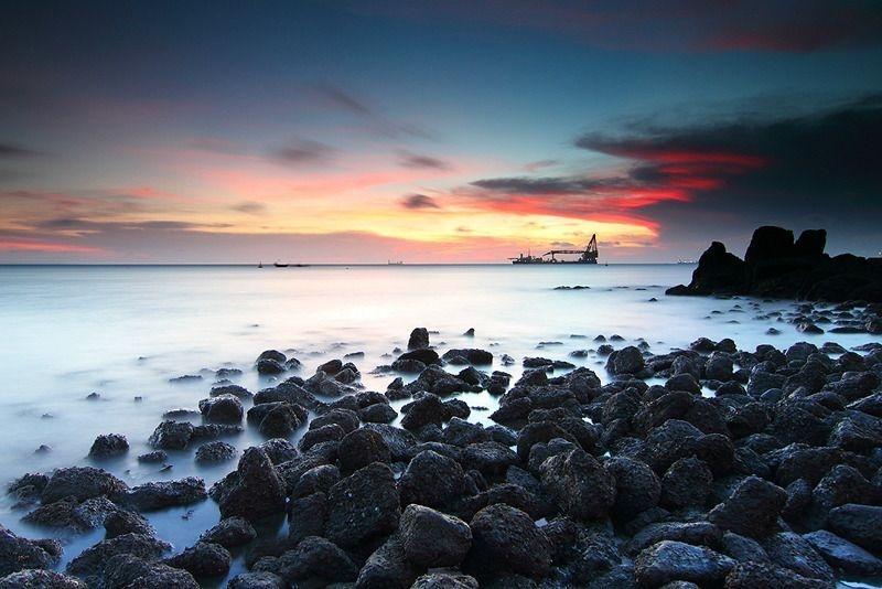 Những mỏm đá nhấp nhô tại Bãi Dứa sẽ mang đến những bức hình tuyệt đẹp