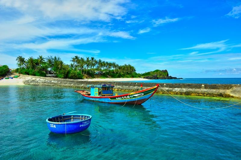 Bãi tắm Đảo Bé - Lý Sơn