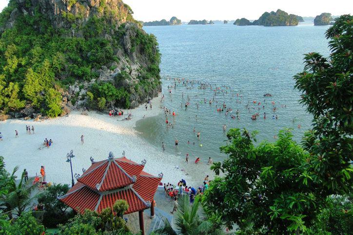 Bãi tắm Lương Ngọc