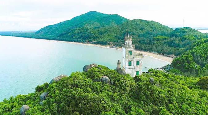 Biển Thạch Hải vẫn còn giữ được vẻ đẹp hoàn hảo mà thiên nhiên ban tặng