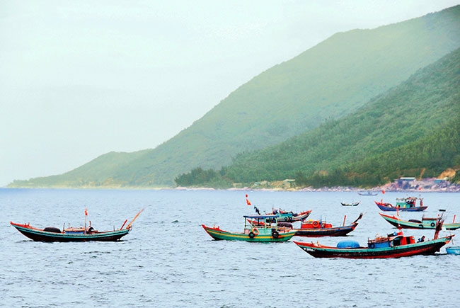 Một góc nhìn của vùng biển Thiên Cầm
