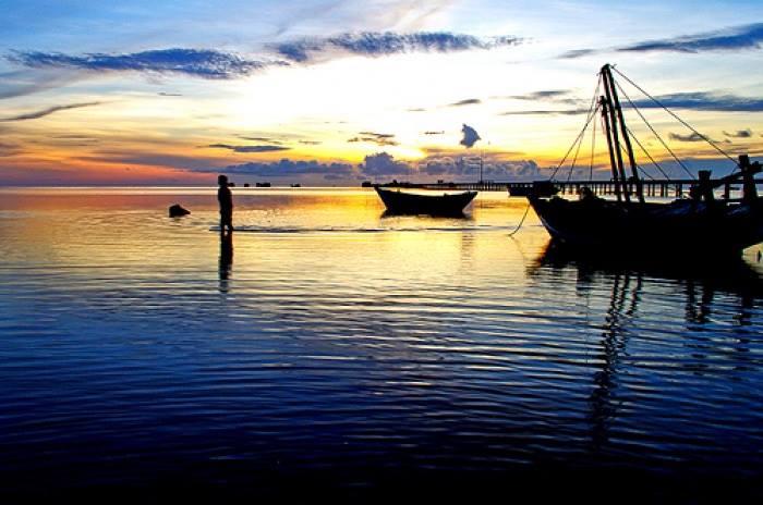 Bình minh trên biển Xuân Thành
