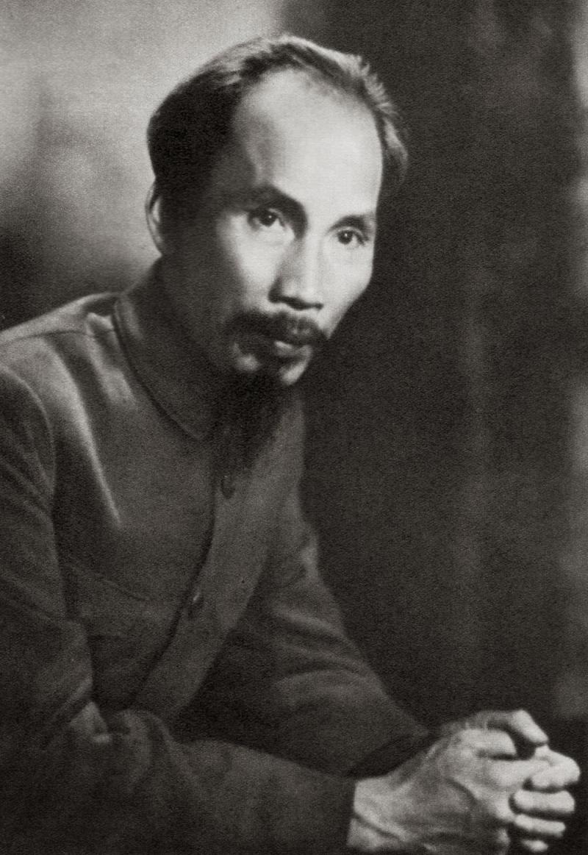 Bác Hồ là vị cha già kính yêu của dân tộc Việt Nam