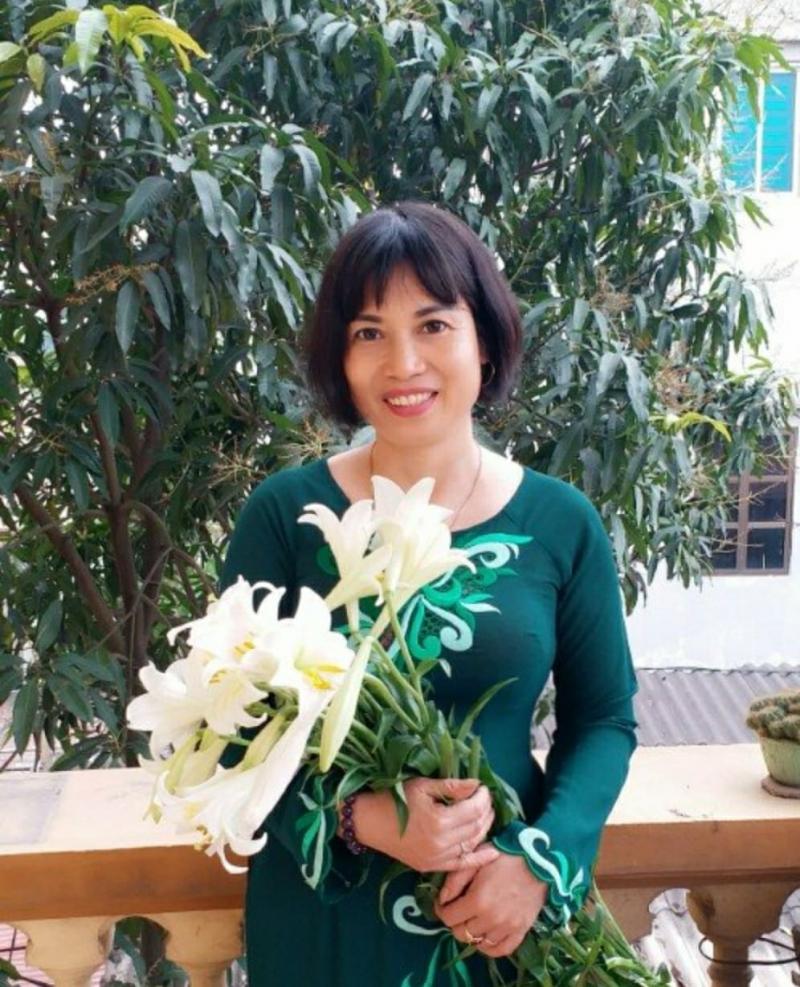 Ảnh chân dung nhà thơ Nguyễn Thị Khánh Hà