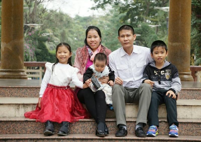 Ảnh gia đình nhà thơ Phạm Hùng
