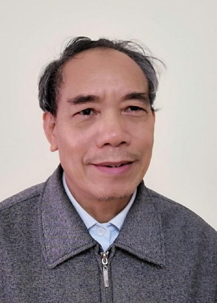 Nhà thơ Nguyễn Đình Hưng