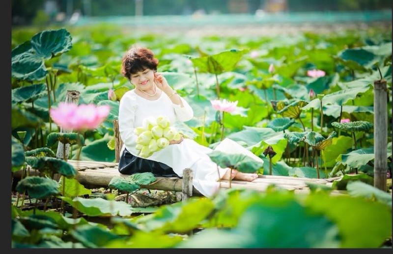 Ảnh chân dung nhà thơ Lê Hương