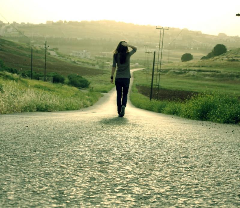 Nếu không muốn đi hết con đường thì nên dừng lại trước lúc kịp hoàng hôn