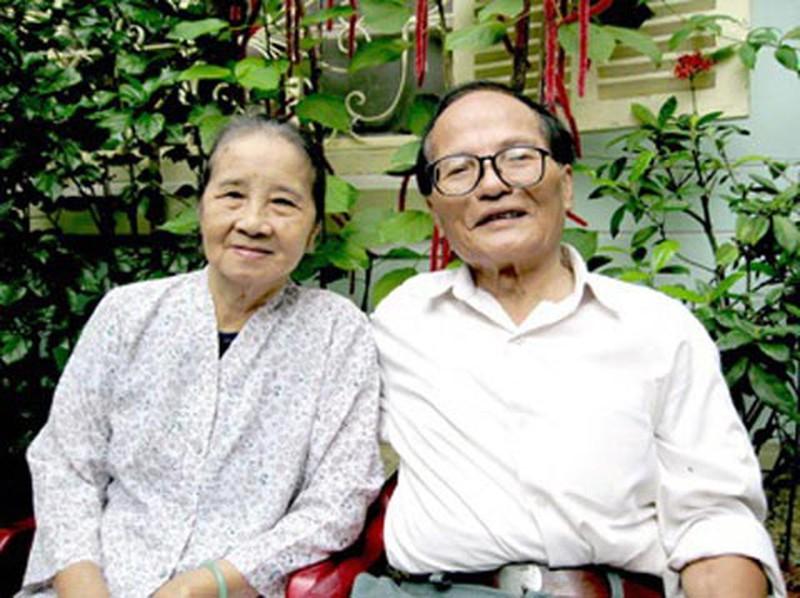 Tác giả Giang Nam và vợ