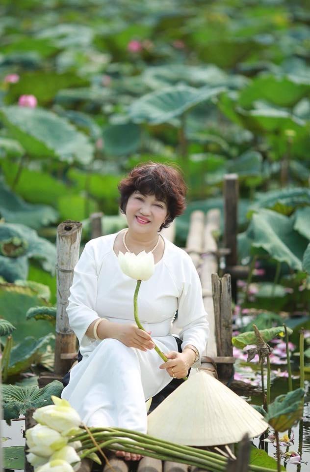 Top 11 Bài thơ hay của nhà thơ Lê Hương