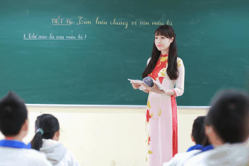 Bài văn kể về kỉ niệm đáng nhớ với thầy giáo, cô giáo cũ hay nhất số 4