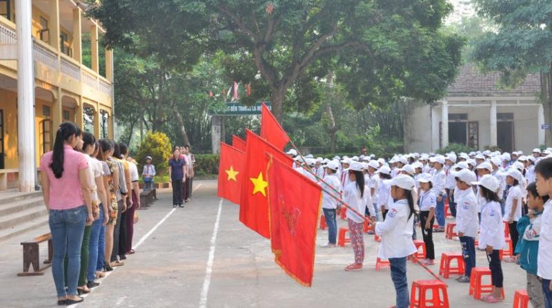 Bài văn tả buổi lễ chào cờ đầu tuần số 5