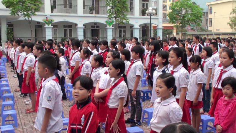 Bài văn tả buổi lễ chào cờ đầu tuần số 9