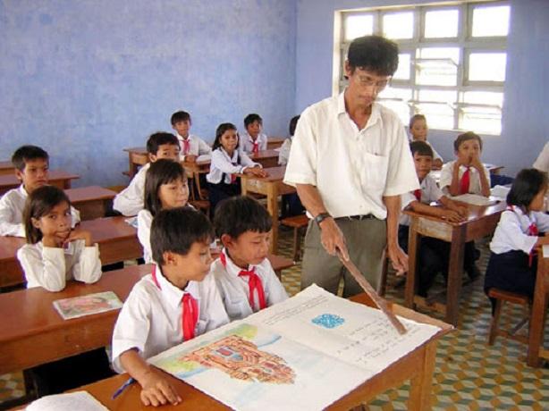 Bài văn kể về kỉ niệm đáng nhớ với thầy giáo, cô giáo cũ hay nhất số 1