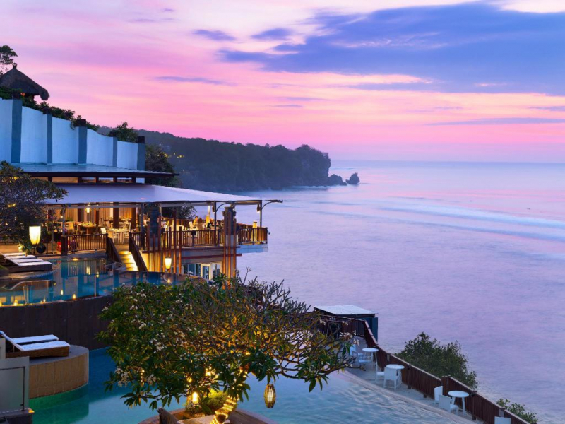 Bali là một trong những hòn đảo du lịch nổi tiếng nhất Châu Á
