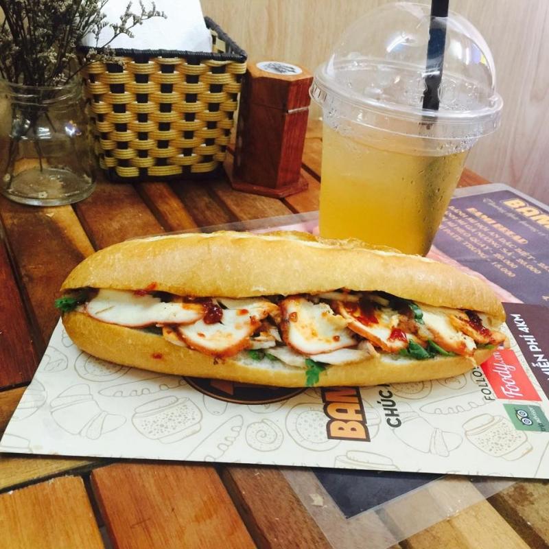 Bami Bread là lựa chọn quen thuộc của nhiều sinh viên trường đại học Hà Nội.