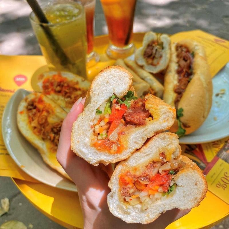 Bami Station - Trạm Bánh Mì