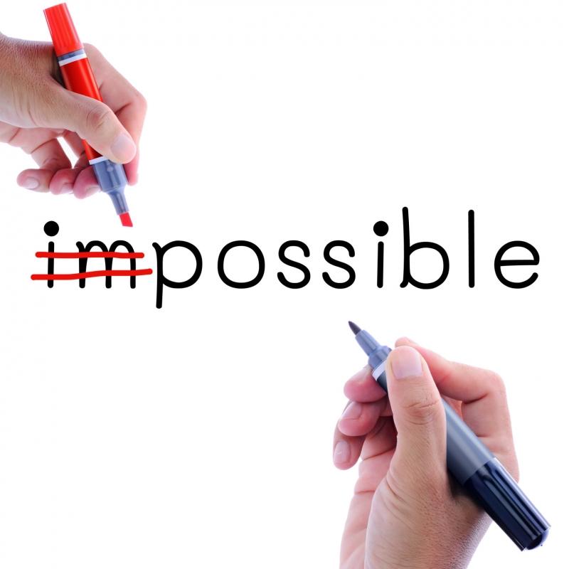 Những người mạnh mẽ biết dùng tinh thần lạc quan biến điều không thể thành có thể!