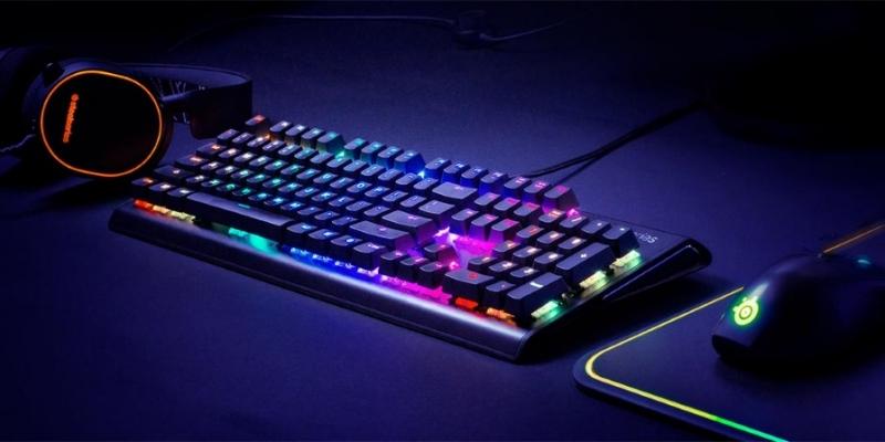 SteelSeries Apex M750 được biết đến là một bàn phím full size nhẹ nhất trên thị trường
