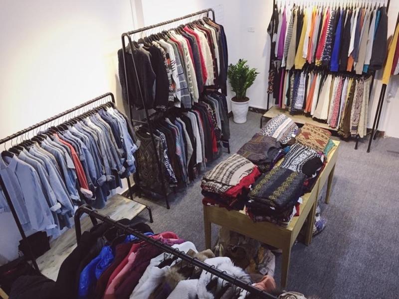 Bán quần áo qua mạng