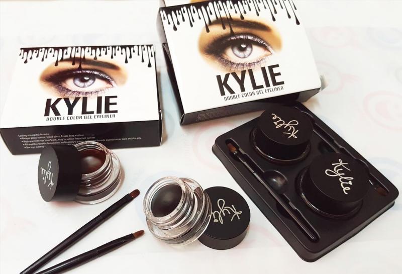 Gel kẻ mắt của hãng Kylie