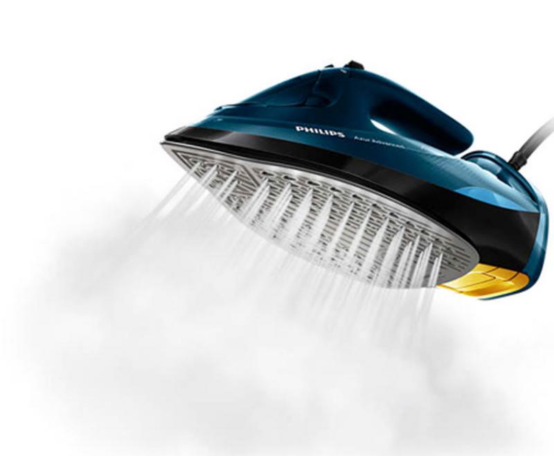 Bàn ủi hơi nước Philips GC4938 tự điều chỉnh nhiệt độ và lượng hơi nước thích hợp với từng loại vải, ủi thẳng nhanh các vết nhăn trên quần áo