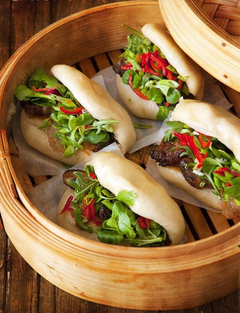 Bánh bao kẹp thịt – Bao Wow