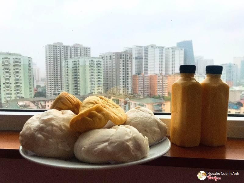 Bánh Bao Nóng & Sữa Xay