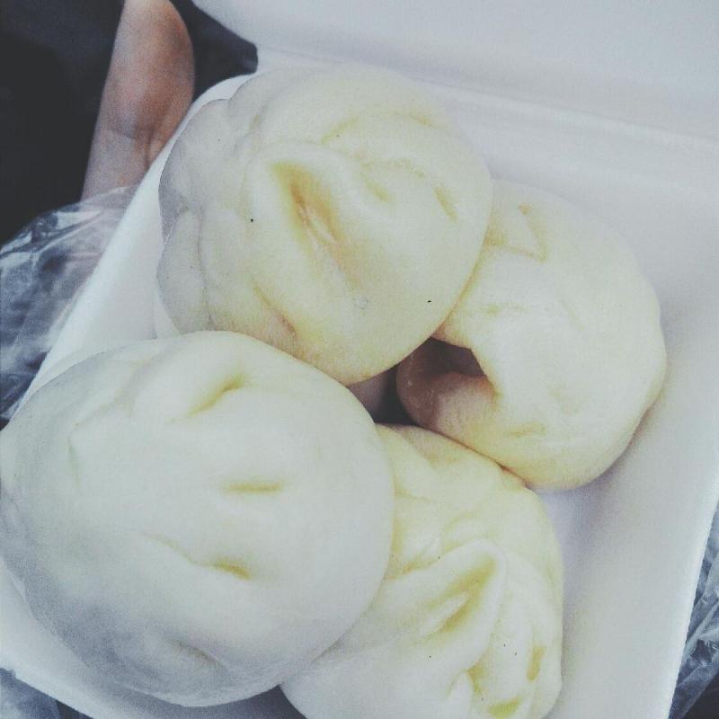 Bánh bao tí hon chợ Nghĩa Tân
