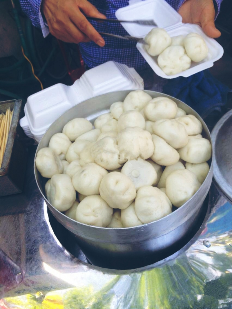 Tiny dumplings at Nghia Tan Market