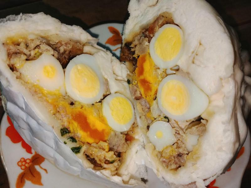 Bánh bao trứng muối 63 Triệu Việt Vương