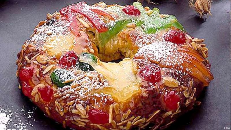 Bánh Bolo Rei của Bồ Đào Nha