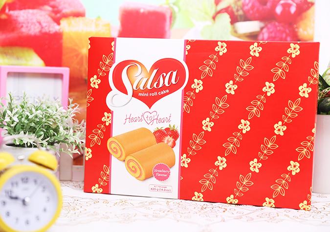 bánh cuộn Salsa dâu sữa