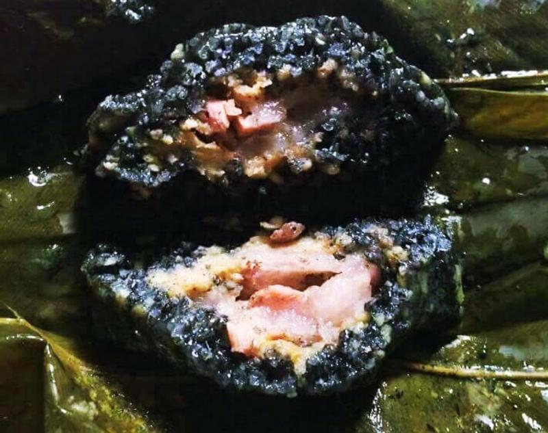 Bánh chưng đen Bảo Lạc