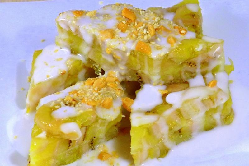 Bánh chuối hấp cốt dừa thơm ngon