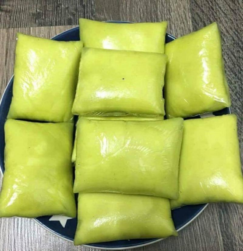 Bánh crepe sầu riêng, kiwi xanh, vàng & xoài - Số 299 Trung Kính, Cầu Giấy
