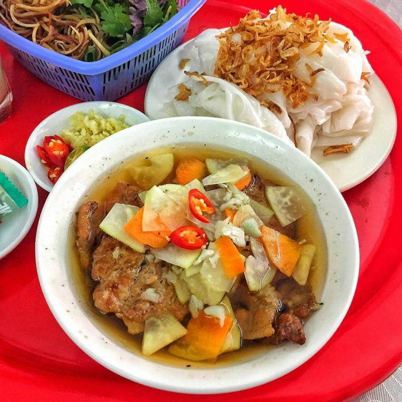 Bánh Cuốn Nóng & Bún Chả - Vương Thừa Vũ