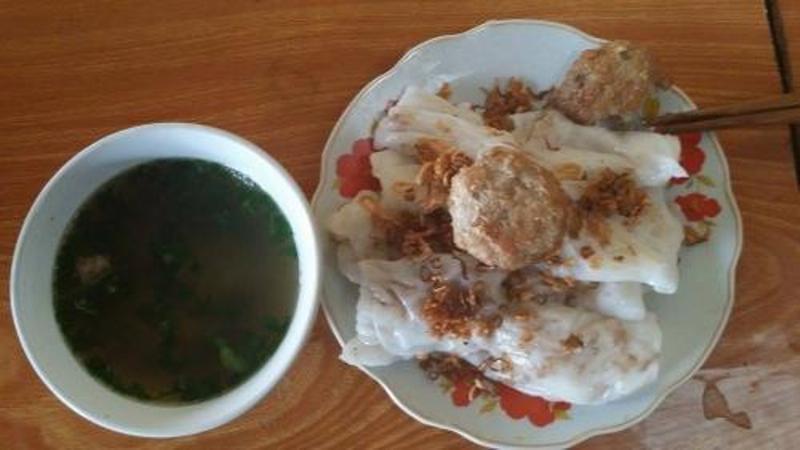 Món bánh cuốn bột lọc - chả viên Tuyên Quang